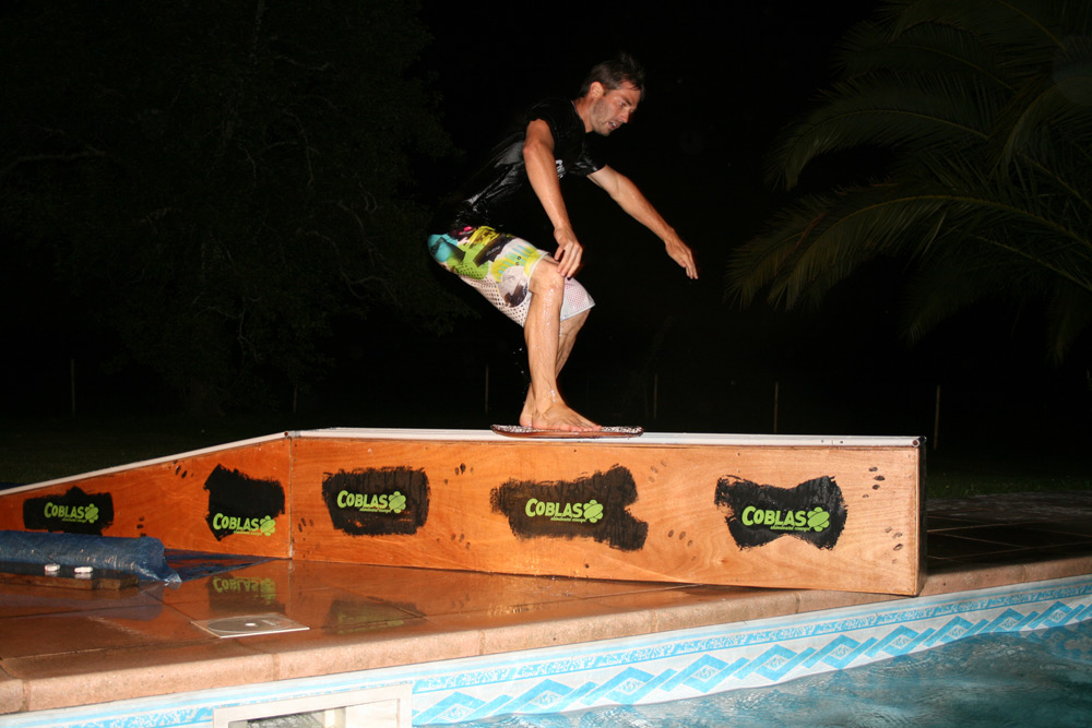 Max, Cederia Pool Session